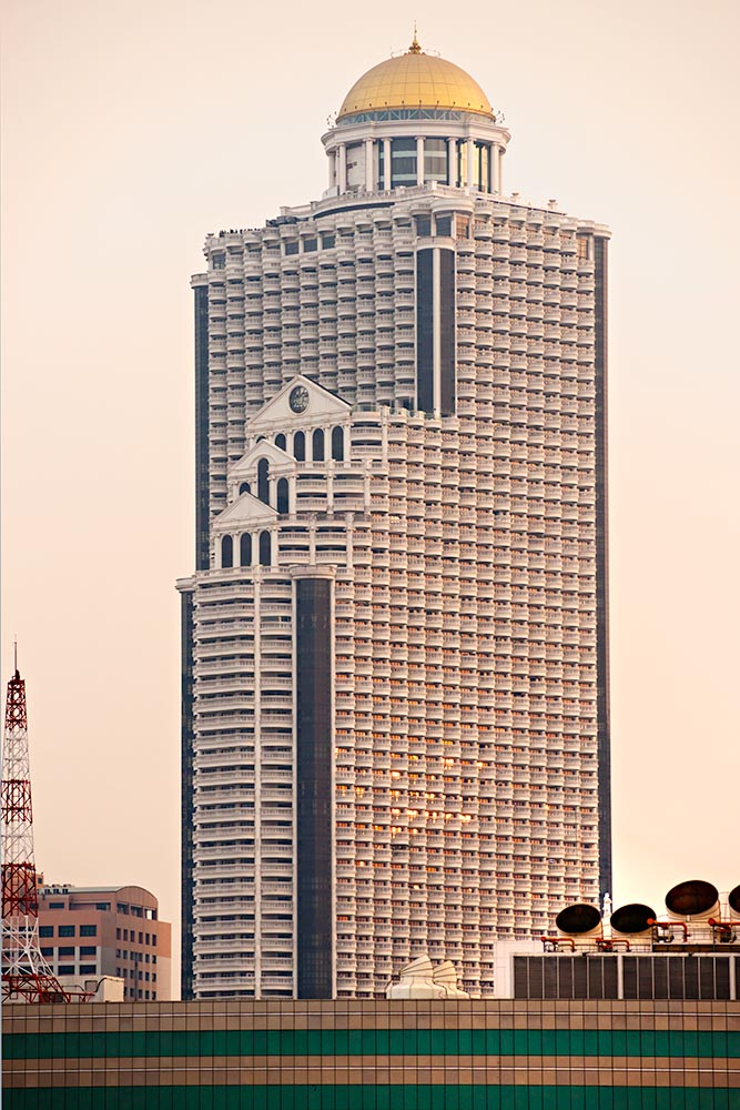 BANGKOK – DECEMBER 18: Balcony of the state tower, Built in 2001