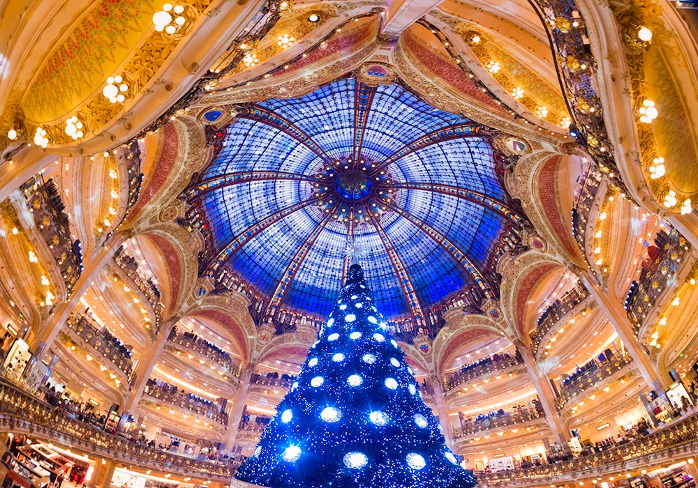PARIS – DECEMBER 07: The Christmas tree at Galeries Lafayette on