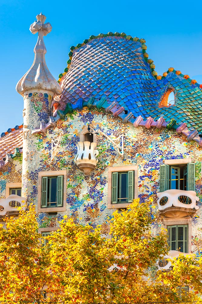 BARCELONA – DECEMBER 16: The facade of the house Casa Battlo (al