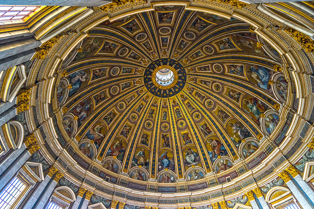 Saint Peter basilica, Rome, Italy.