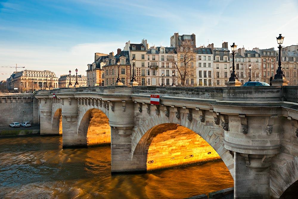 Pont neuf, Ile de la Cite, Paris – France